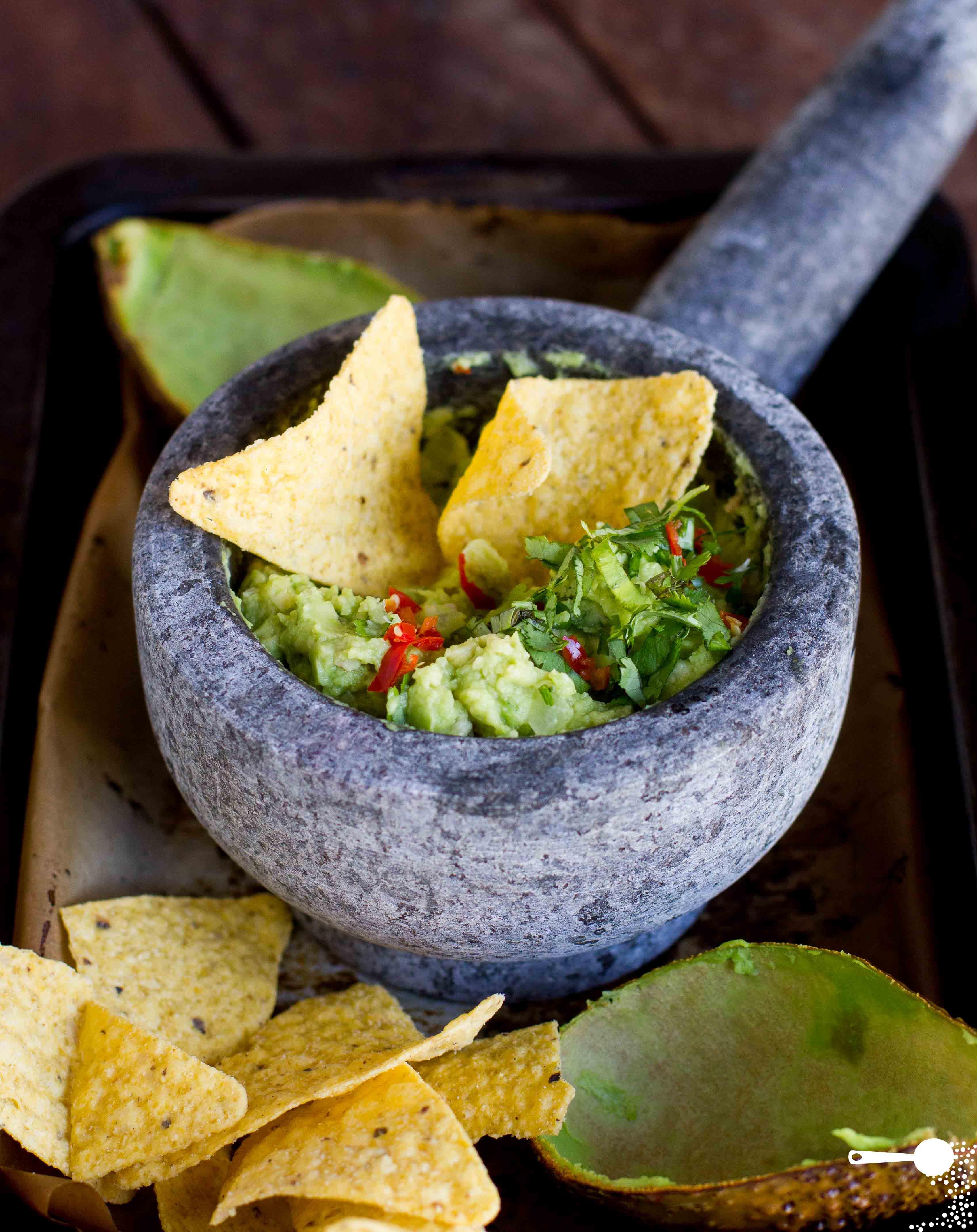 roasted-avocado-guacamole-2